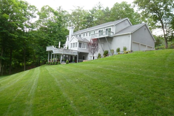 danbury-lawn-mowing-004
