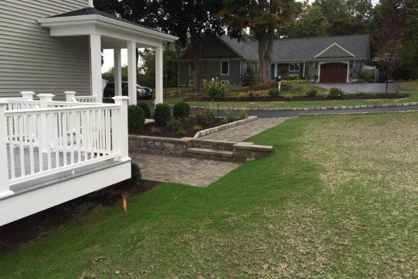 masonry-lawn-driveway-landscape-010